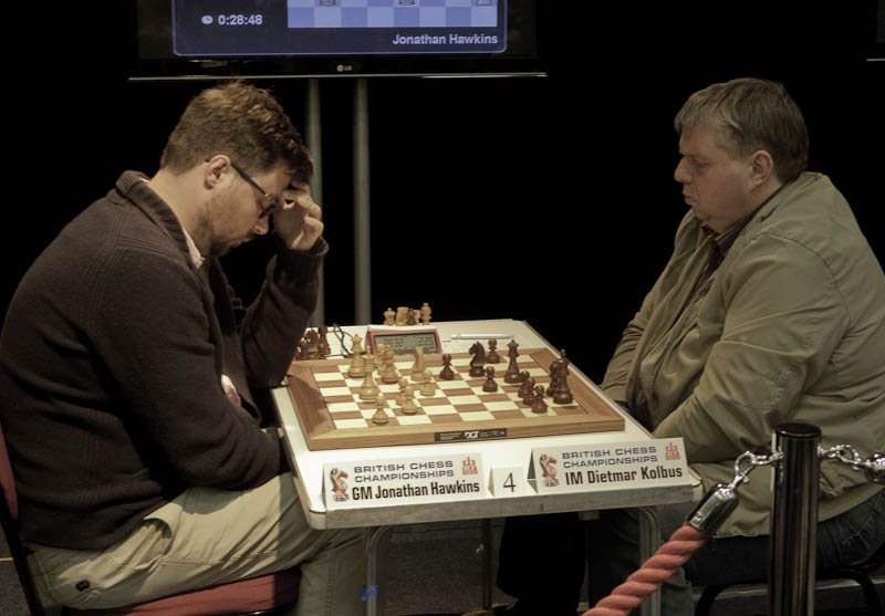 Photo: GM Jonathan Hawkins v IM Dietmar Kolbus